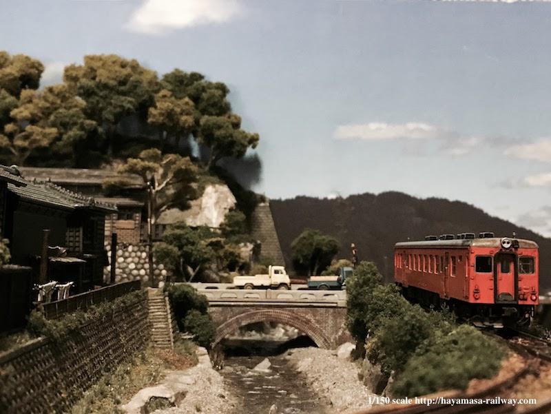 加茂野橋とキハ52