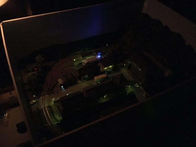 コミカムで夜行の撮影
