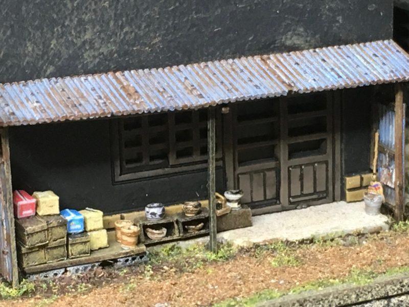 雑貨屋さん裏庭の小物